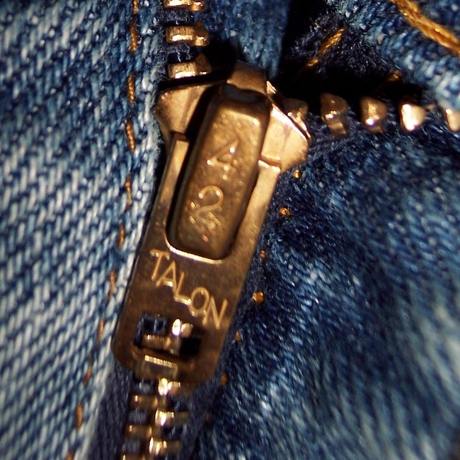 talon zippers dating The a-2 jacket was awarded to an army air forces officer upon completion of basic flight training and even actual the world war ii-era-old stock talon zippers.